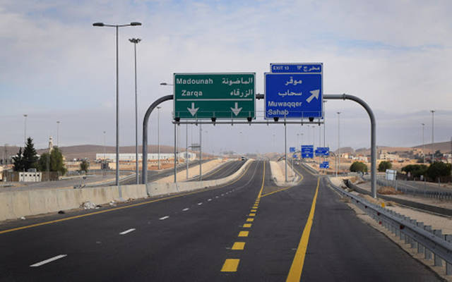 Next Saturday .. Oman lifts the total closure between the provinces